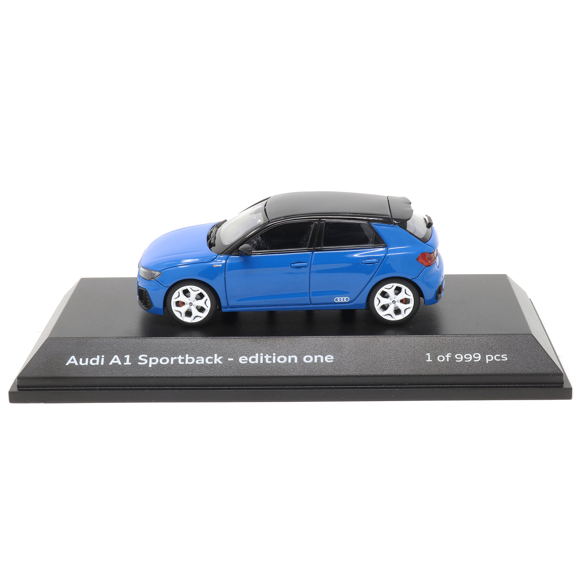 1:43 Turboblau 5011811031 Audi A1 Sportback edition one